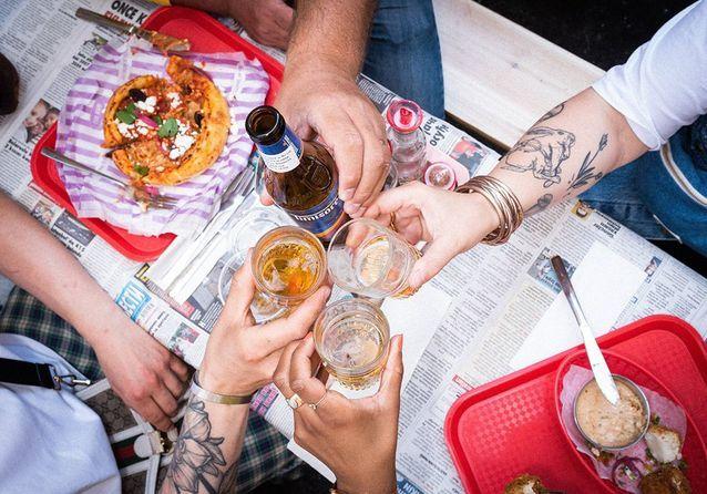 To do eat d'août : découvrir le quotidien des chefs, savourer le CBD en glace, embarquer pour les Balkans…