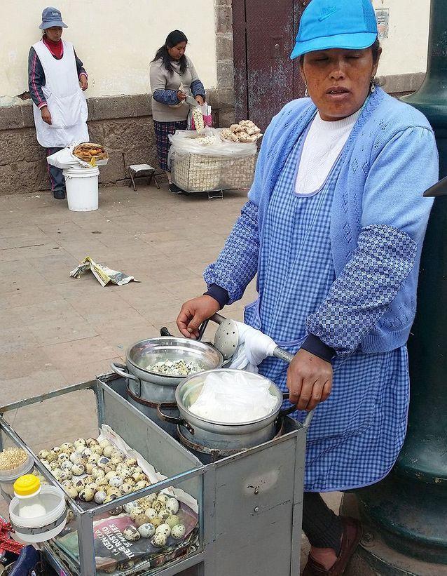 Vendeur d'œufs de caille