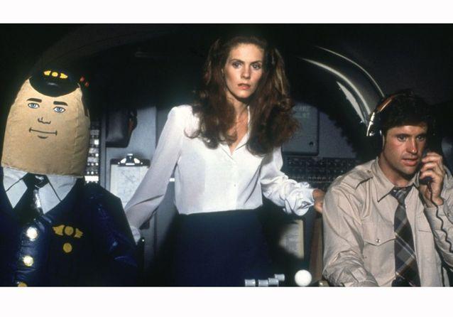 « Y a-t-il un pilote dans l'avion » de David Zucker, Jim Abrahams et Jerry Zucker (1980)