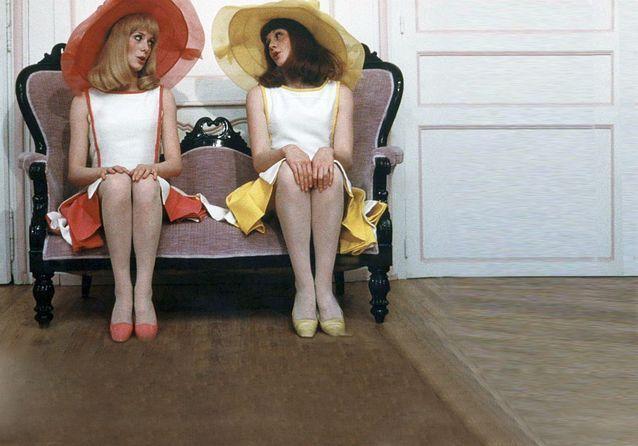Les plus beaux costumes des films de Jacques Demy