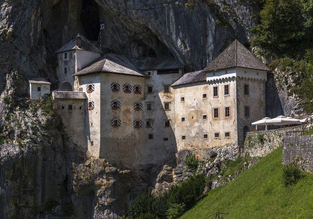 Le Château de Predjama, en Slovénie