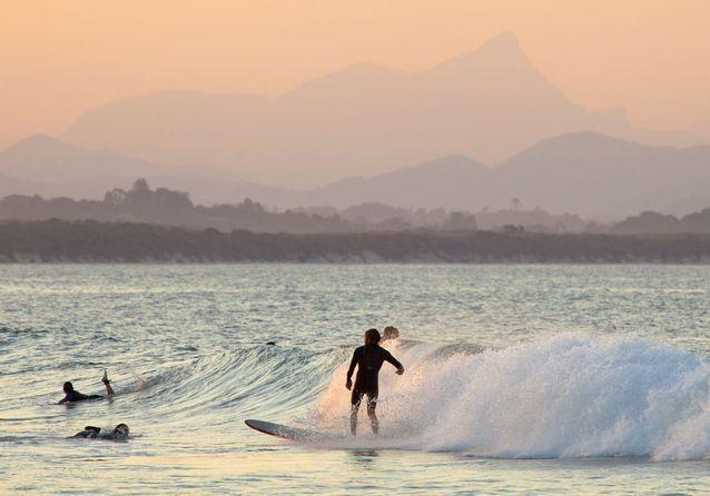 Destinations surf : les meilleurs spots pour dompter la vague