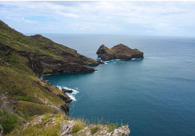 Avec une superficie de 330 km2, l'île de Nuku Hiva est la plus grande de l'archipel.