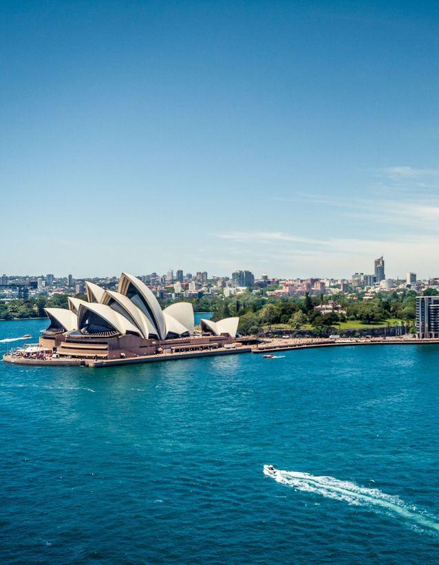 3) L'Australie