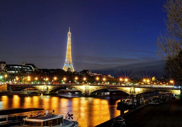 En croisière parisienne