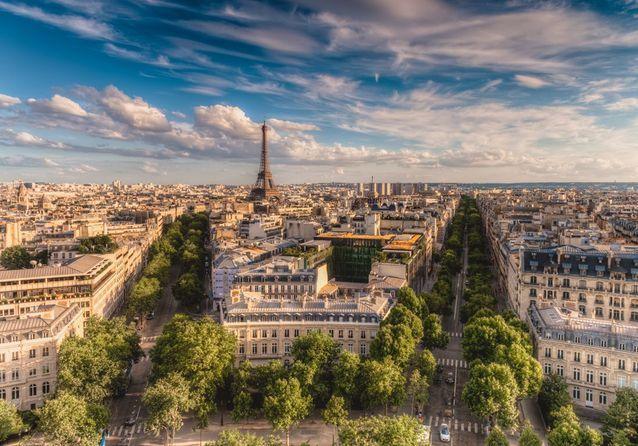 Admirer les toits de Paris