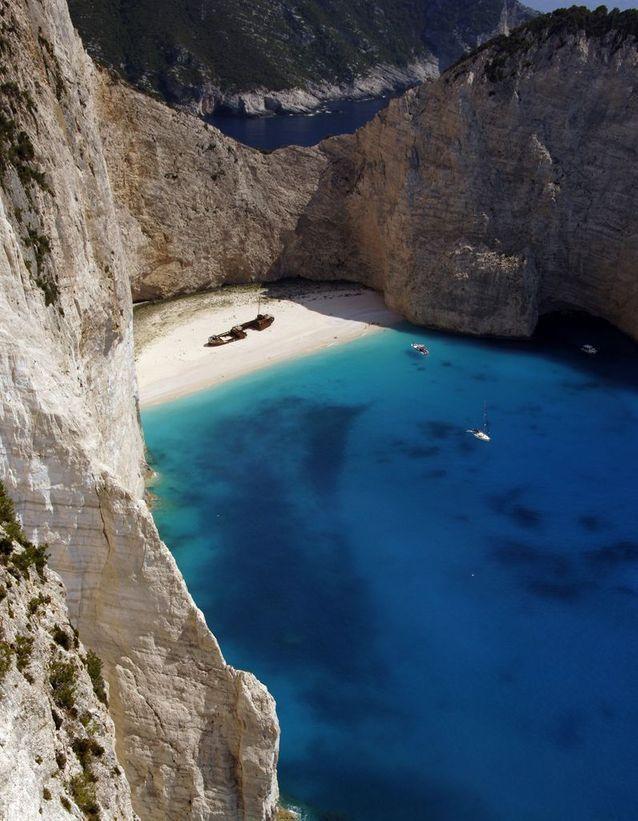 Navagio Beach, sur l'île de Zakynthos (Grèce)