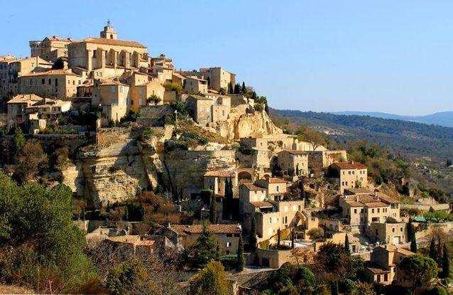 Le-village-de-Gordes-Vaucluse.jpg