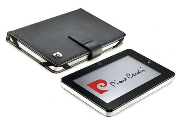 La tablette Pierre Cardin