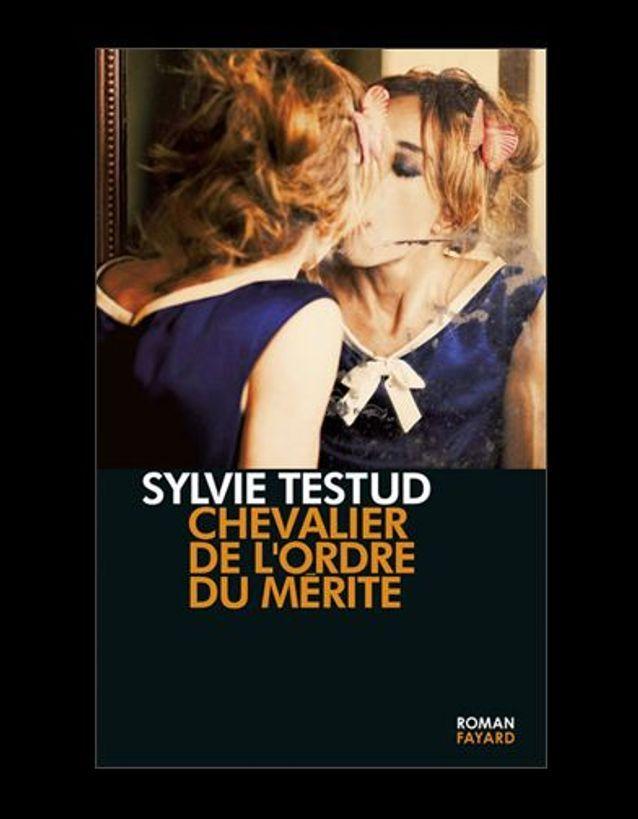 « Chevalier de l'ordre du mérite », de Sylvie Testud