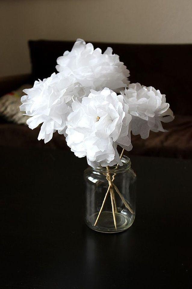Activité manuelle d'hiver de fleurs en papier