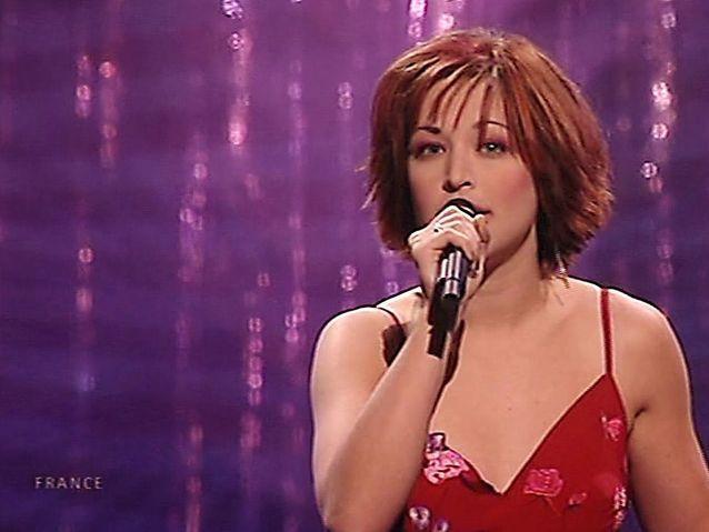 Natasha St Pier (2001)