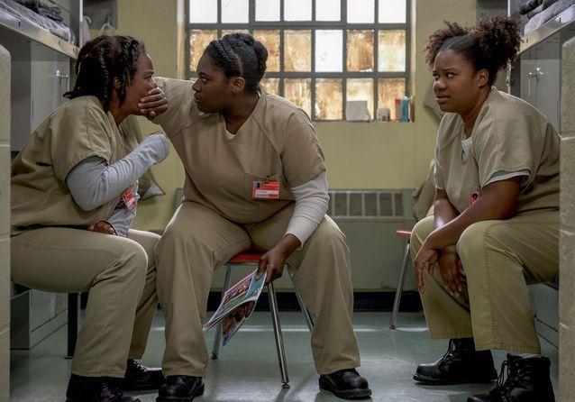 Crazy Eyes (Uzo Aduba), Taystee (Danielle Brooks) et Black Cindy (Adrienne C. More)