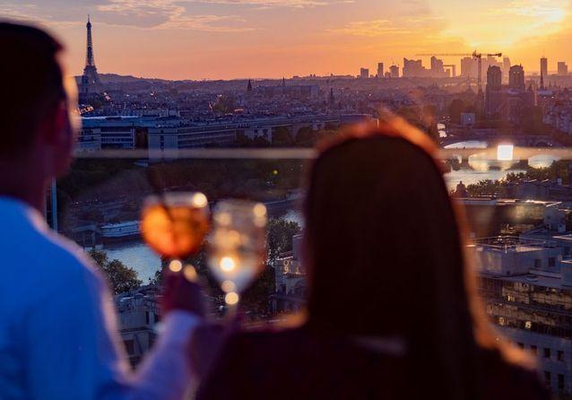 Laho, le meilleur rooftop pour admirer le coucher de soleil à Paris !