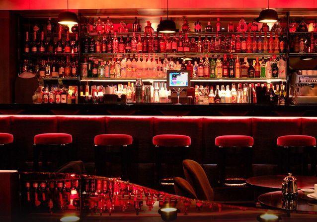 Un piano- bar à Paris