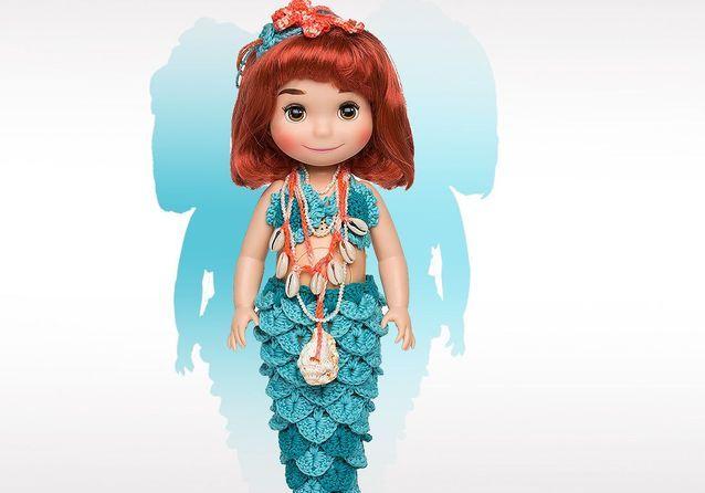 « It's a Small World » : 10 poupées Disney relookées par des blogueuses et des créateurs