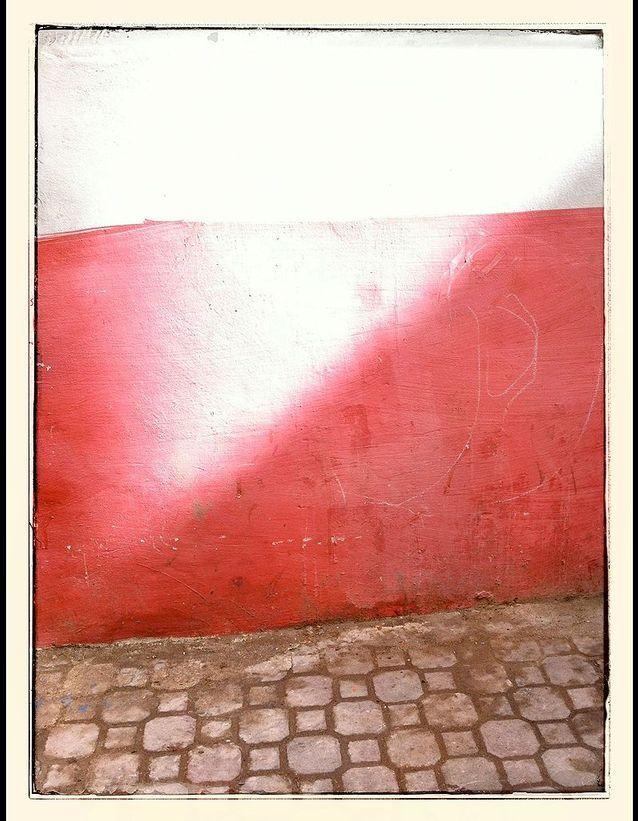 Mur rose et soleil