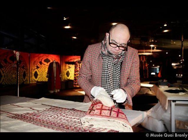 1 Lacroix Manipule Des Robes