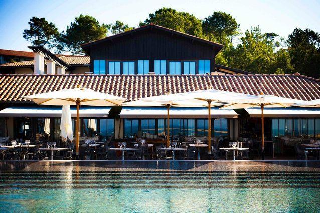 Un hôtel restaurant à Arcachon