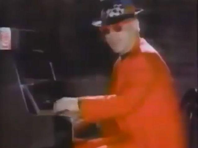 Elton John et Paula Abdul pour Coca Light (1990)