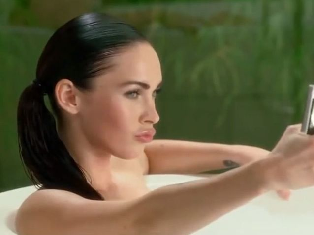 Megan Fox pour Motorola (2010)