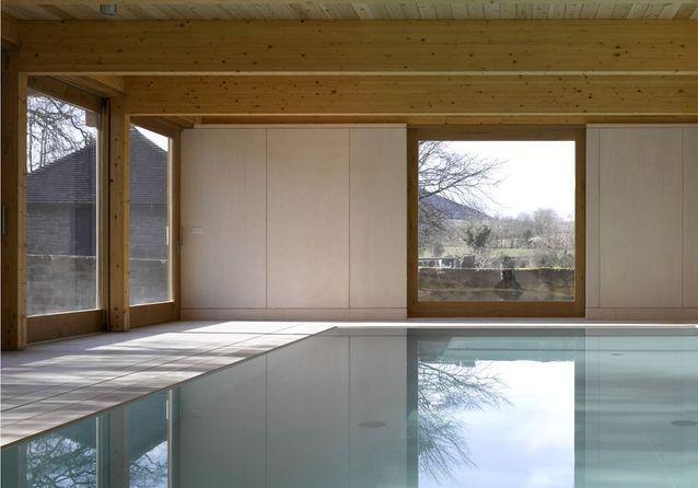 Une piscine pour bébés nageurs