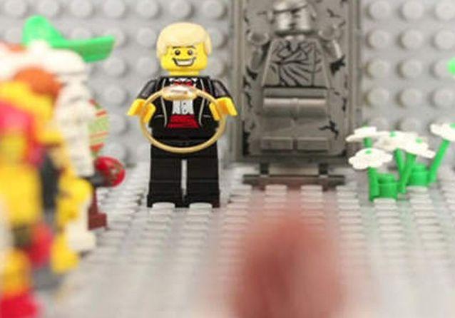 Avec des Lego animés