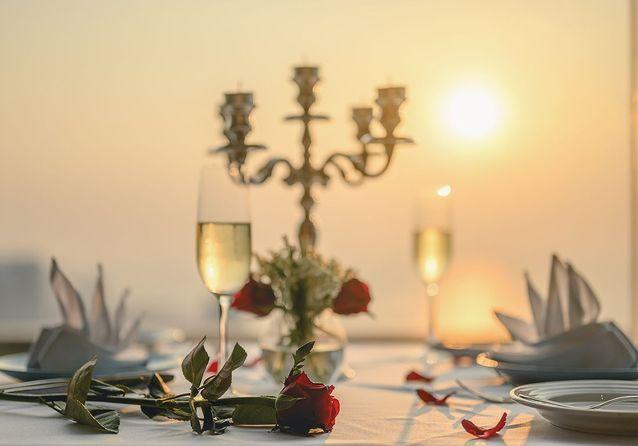 Saint-Valentin en couple : les plus beaux cadeaux à s'offrir en duo