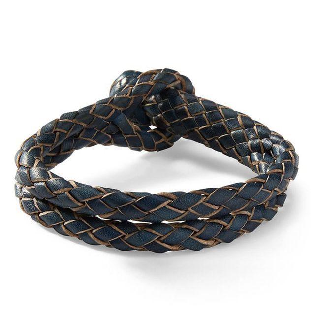 Bracelet en cuir brut tresse Ralph Lauren, 80€