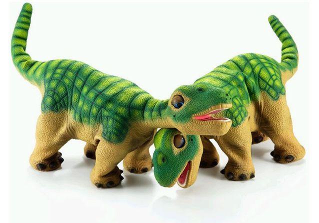 Un bébé dinosaure à éduquer