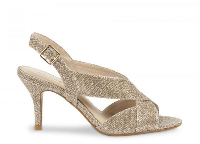 a9ac6bf588 Chaussure mariage : 30 paires de chaussures de mariage pour être au ...