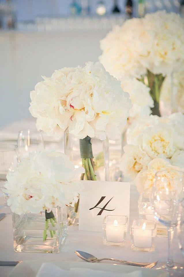Bouquet De Fleurs Blanches Pour Decoration De Mariage 25