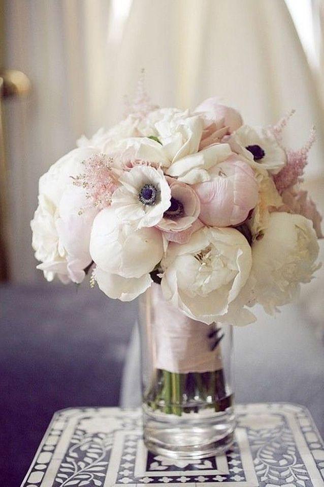 Bouquet de fleurs blanches pour mariage chic