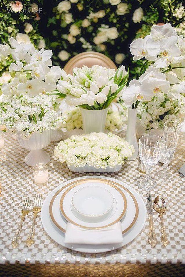 Bouquet de fleurs blanches tendance
