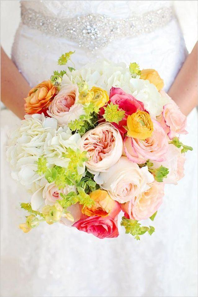 Bouquet de roses de toutes les couleurs