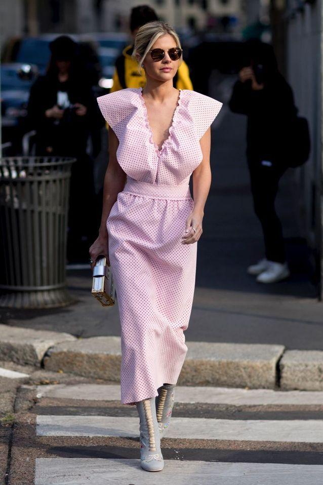 Un robe rose bonbon