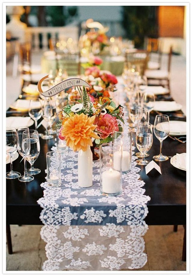 Décoration de table de mariage avec dentelle