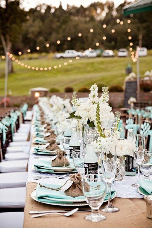 Décoration de table de mariage bleu et blanc