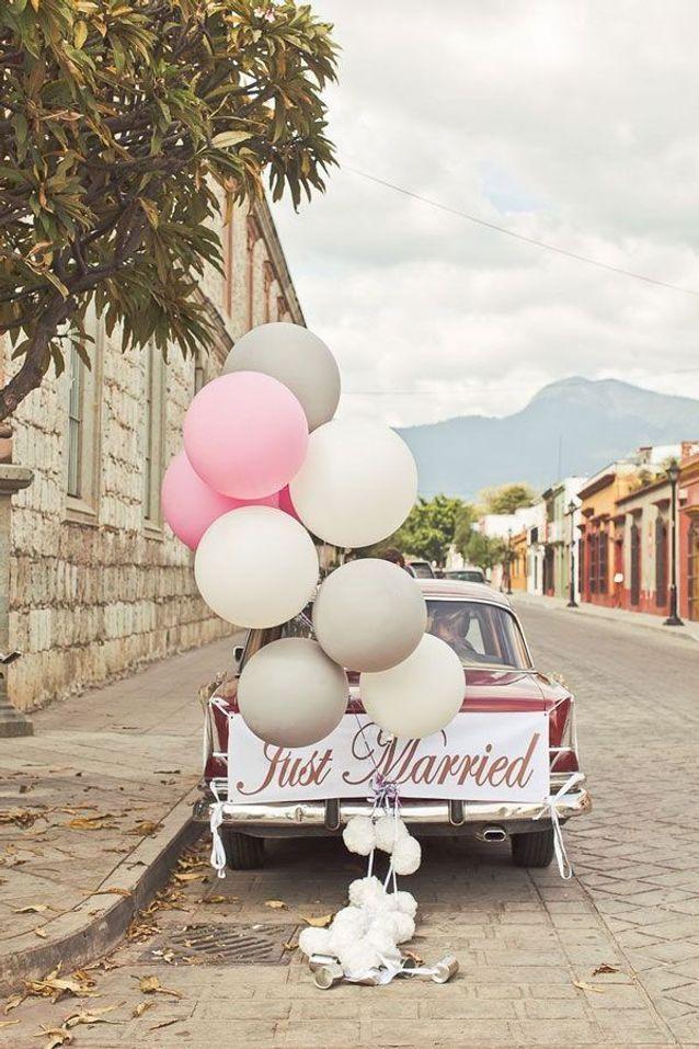 decoration voiture mariage ballon
