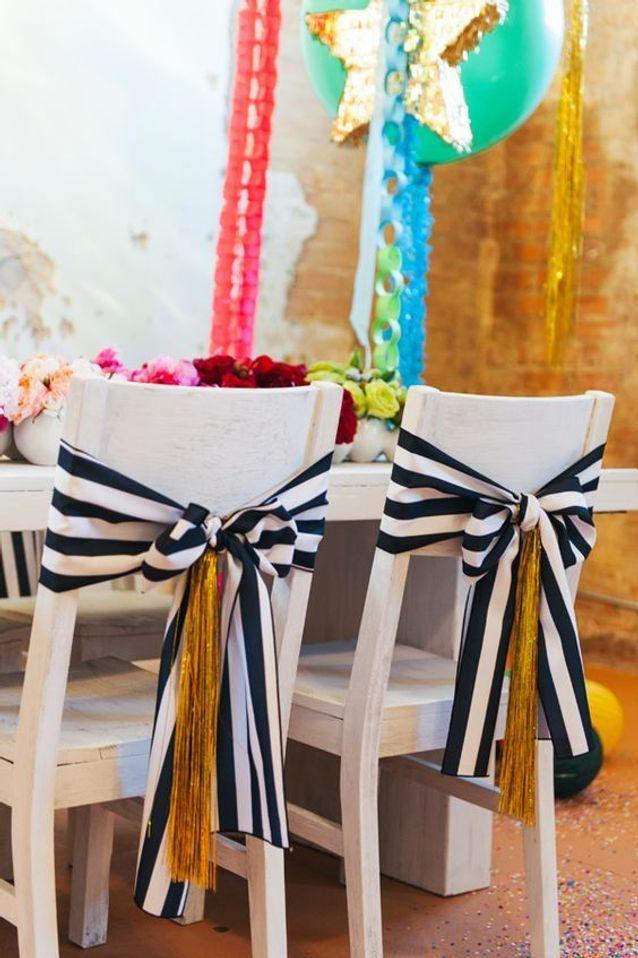 Chaise de mariage avec nœud