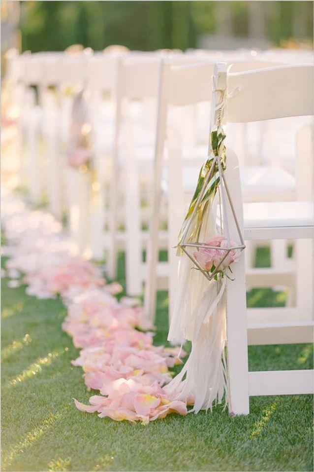 Chaise de mariage pour la cérémonie