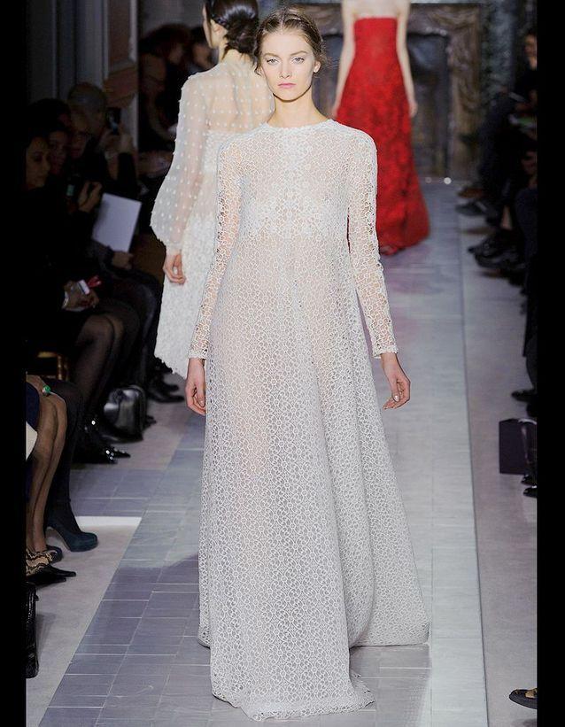 b1b9045d118 Valentino mariée romantique - 24 mariées haute couture - Elle