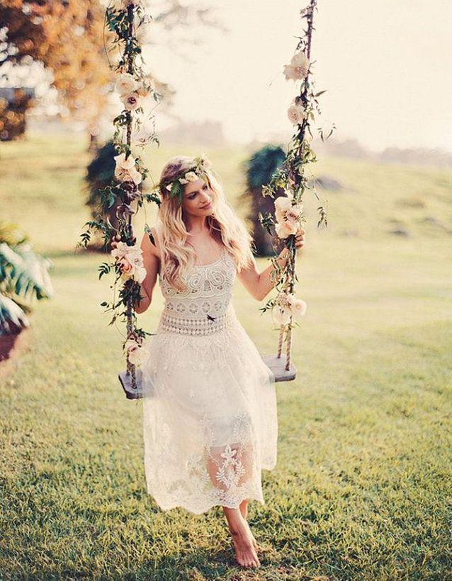 Robe de mariée dentelle courte