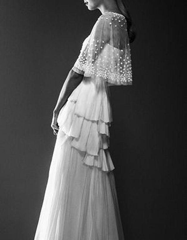 Robe de mariée de princesse à plusieurs volants