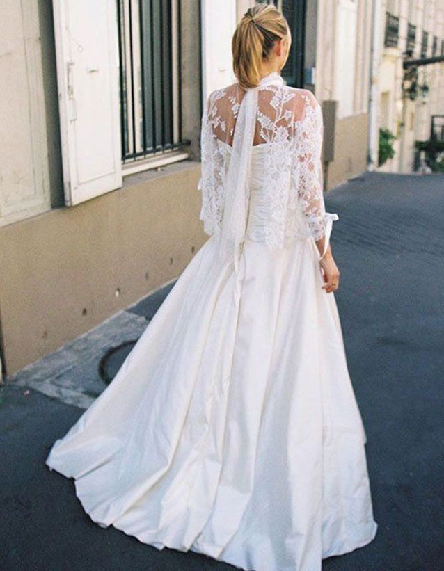 Robe de mariée de princesse traditionnelle