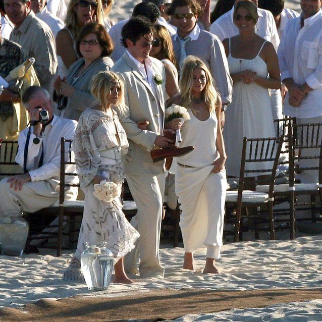 Les robes de demoiselle d'honneur de Mary-Kate et Ashley Olsen