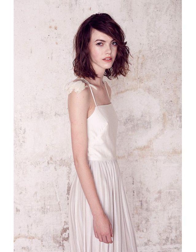 Robe avec jupe plissée