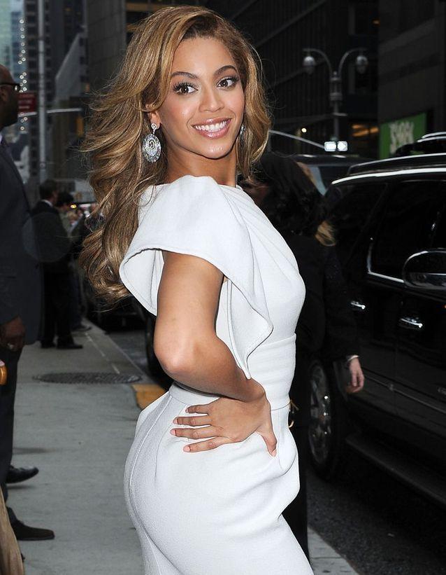 Beyoncé contracte ses fesses régulièrement