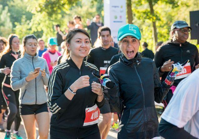 En duo, les 5 000 coureurs s'élancent pour 7,1 km