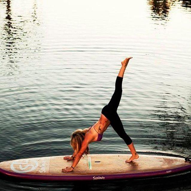 #StrikeAPose sur une planche de paddle